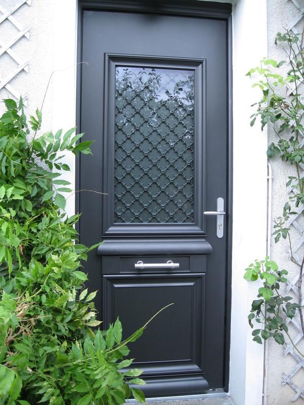 Portes d 39 entree pvc alu mixte girard prostores - Porte d entree mixte alu bois ...